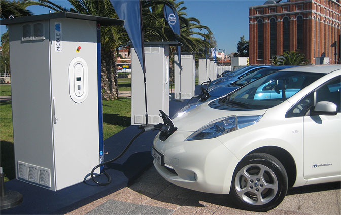 Nissan Leaf speed charging