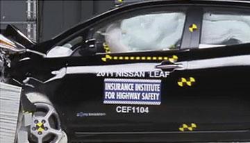 Nissan LEAF front chrash