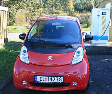 Peugeot iOn hurtiglader