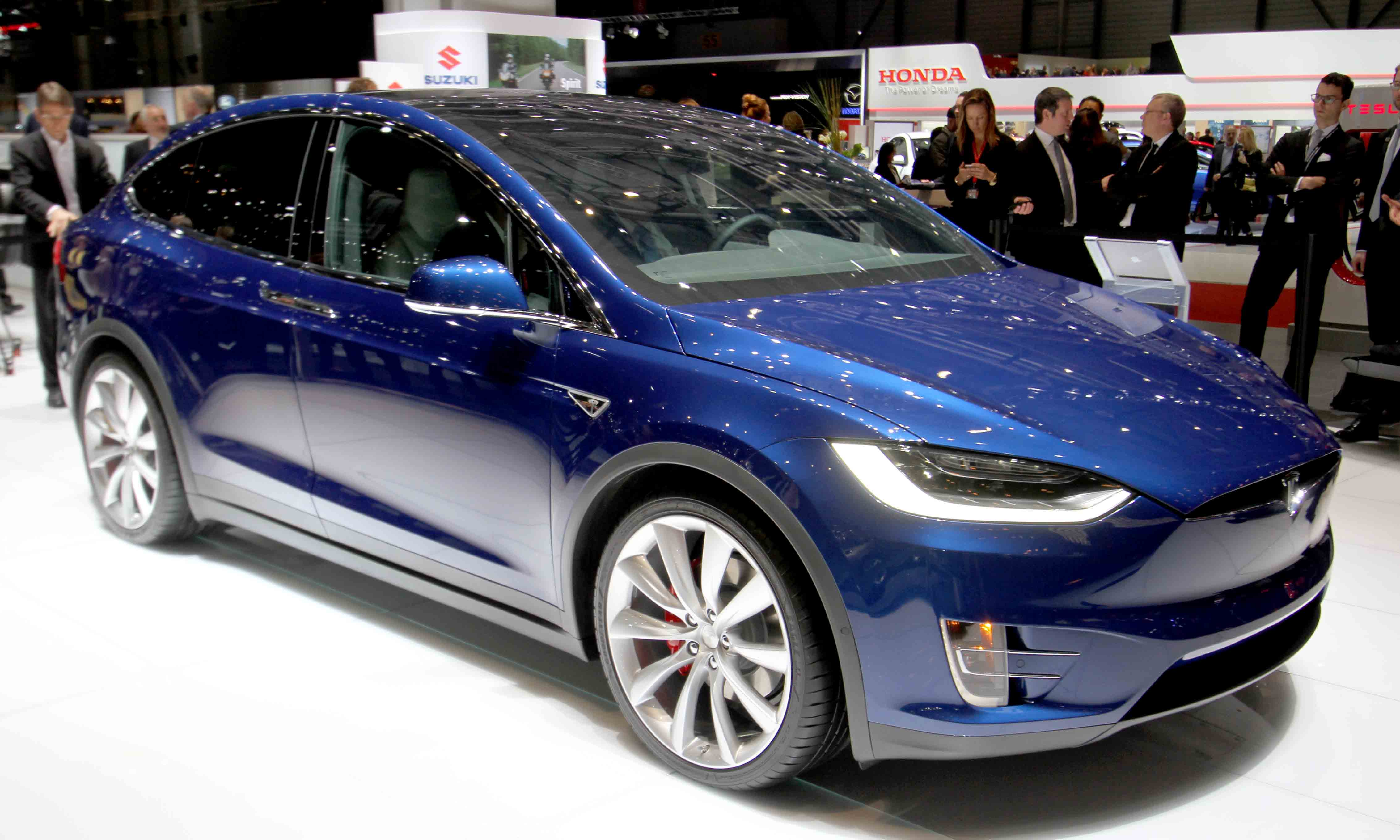 blogg 20160303 modelx front 800