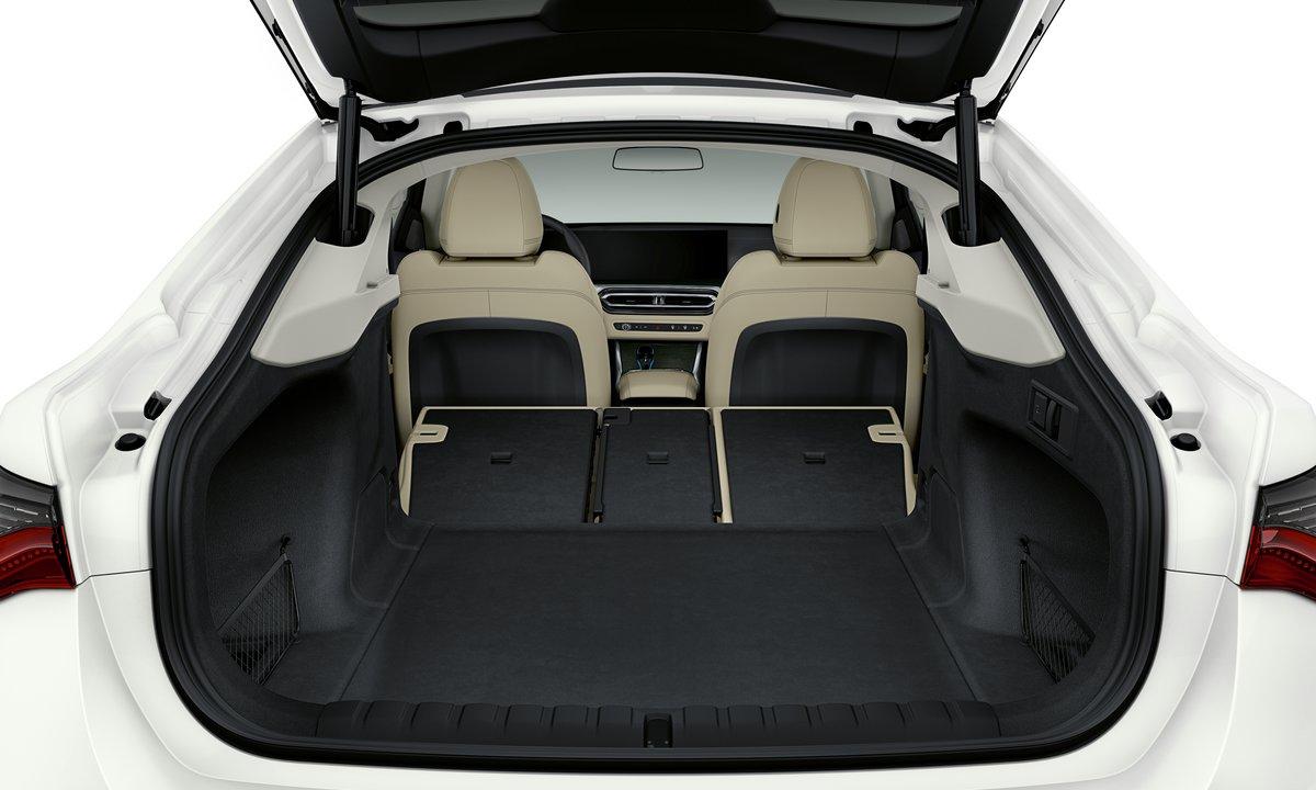 BMW i4 Gran Coupé bagasjerom