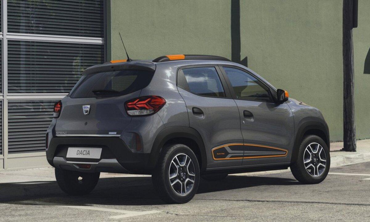 Dacia-Spring-Electric-rear-4