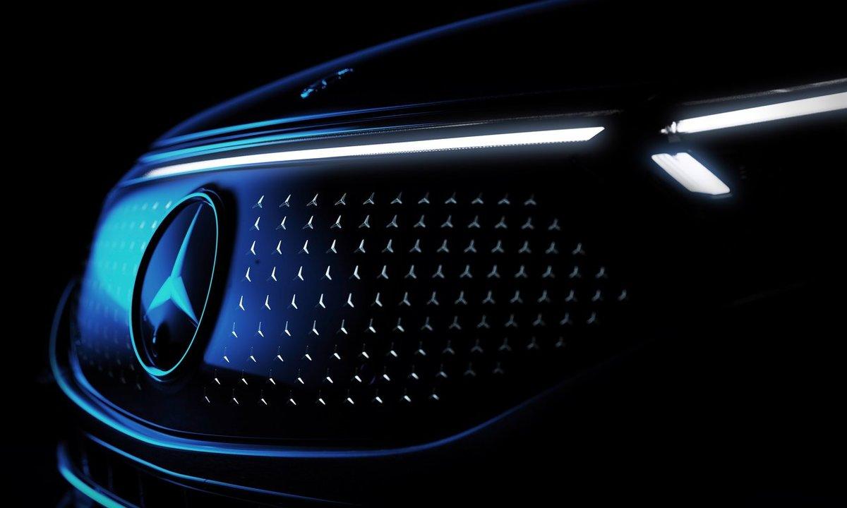 Mercedes-Benz EQS front detalj