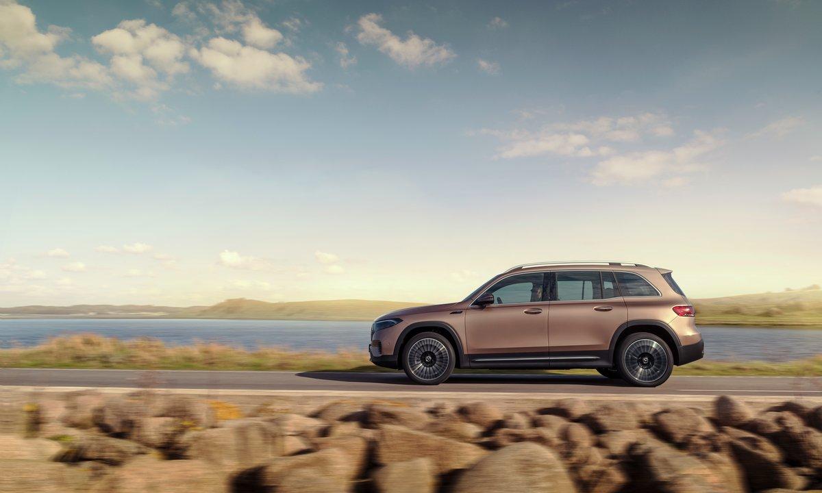 Mercedes-Benz eqb side