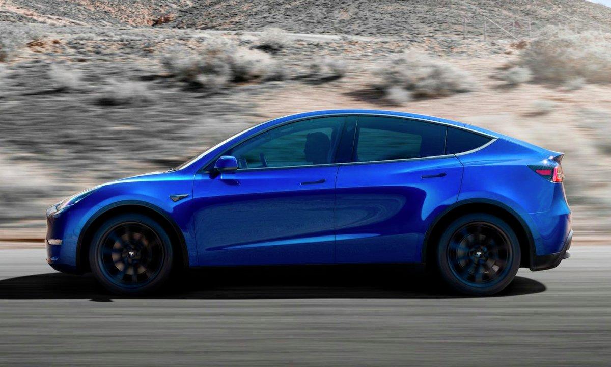 Tesla Model Y side