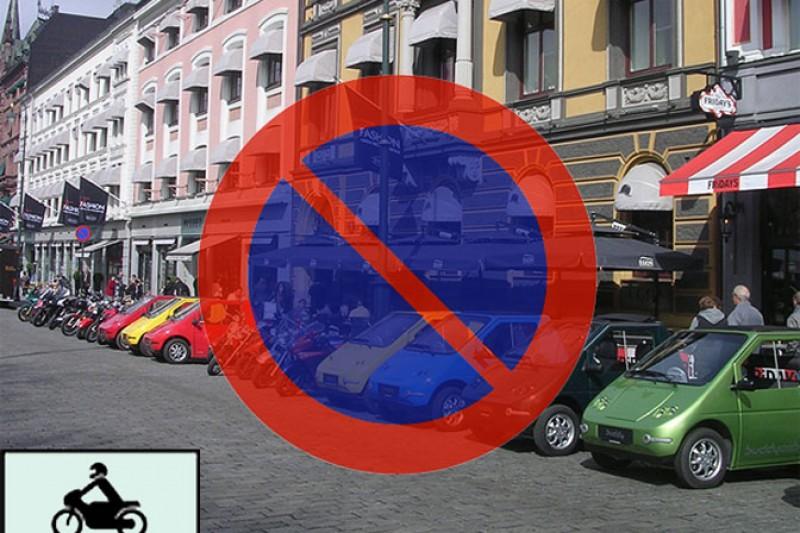 Ikke parker på MC-plasser!