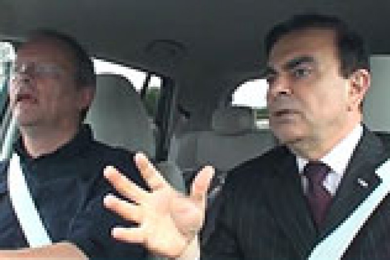 Koseprat med Ghosn i LEAF
