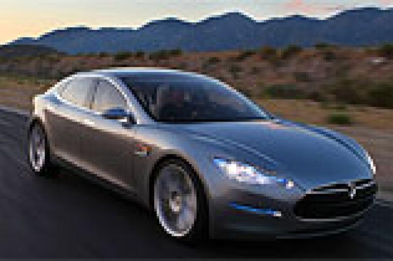 Tesla med elbilstunt igjen