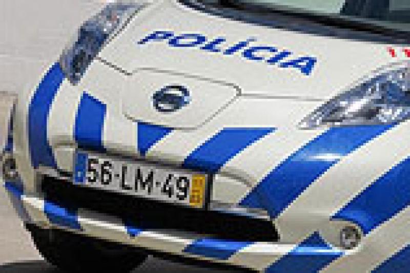 Politielbil, hurtigstrøm og god sommer!