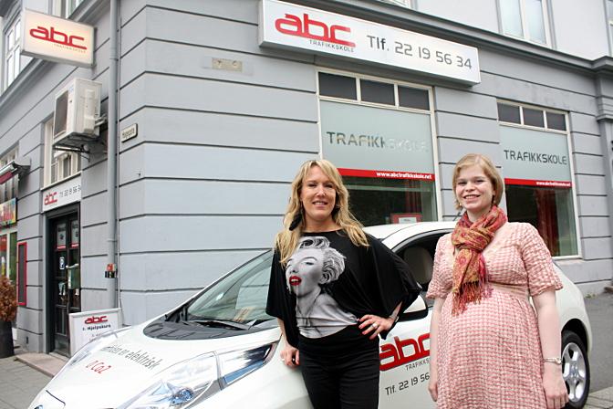 Solveig Maria Nedregård (t.h) og Lise Skauge