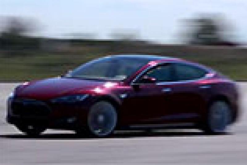 Film fartstesting Tesla Model S