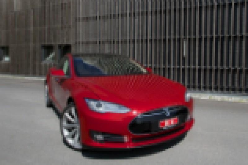 Tesla bidrar sterkt til ny elbilrekord