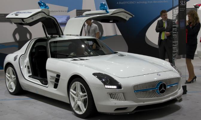 Mercedes-Benz SLS AMG Coupé Electric Drive er verdens mest ekstreme elektriske sportsbil.