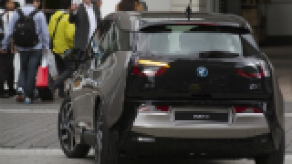 8.000 forhåndsbestilte BMW i3
