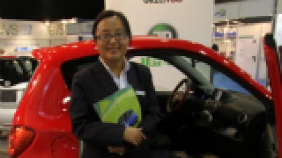 Hun tilbyr mini-elbil fra Kina