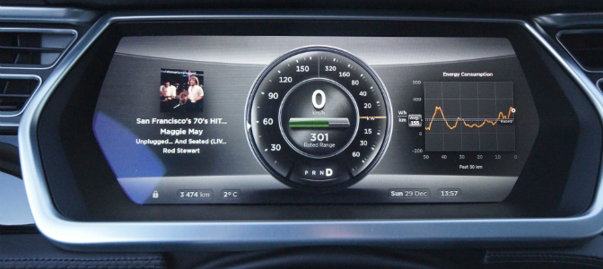 blogg-20140128-tesla speedo 672