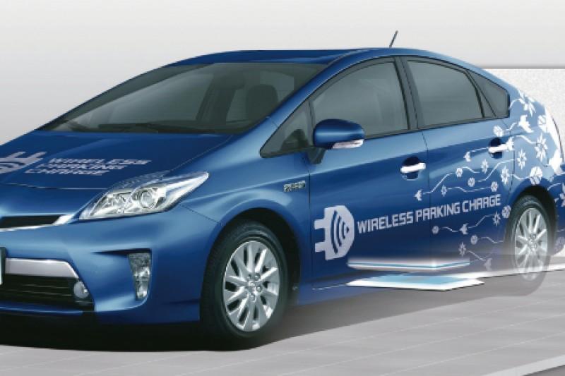 Toyota tester trådløs lading for elbil
