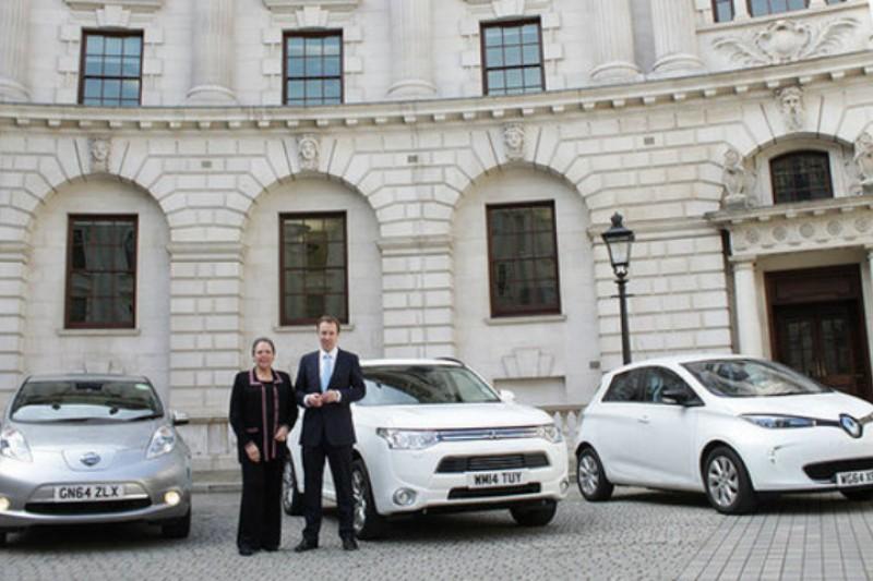 Nå kommer britisk elbilrevolusjon