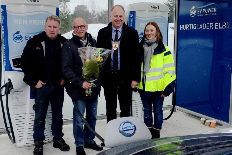 Første E6-hurtiglader i Sør-Trøndelag åpnet