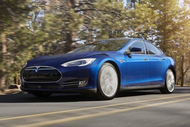 Tesla svarer på spørsmål om nyheten 70D