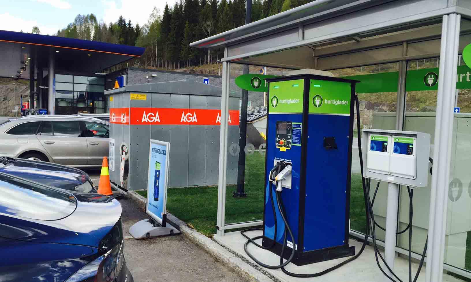 Hurtiglader ved E18 (Grelland, Vestfold)