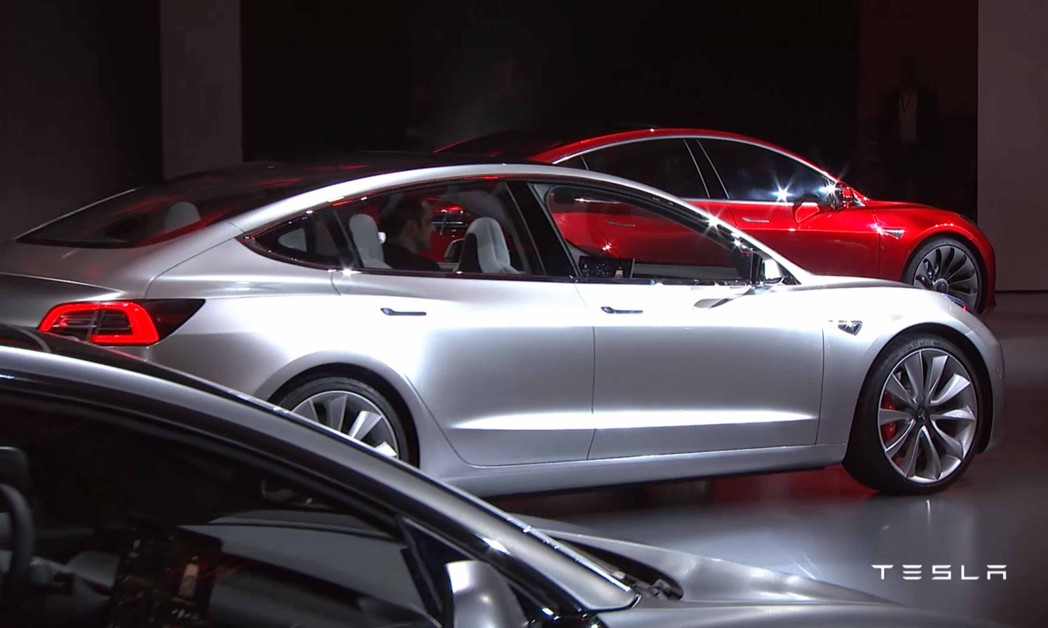 blogg 20160104 tesla model3 bak side