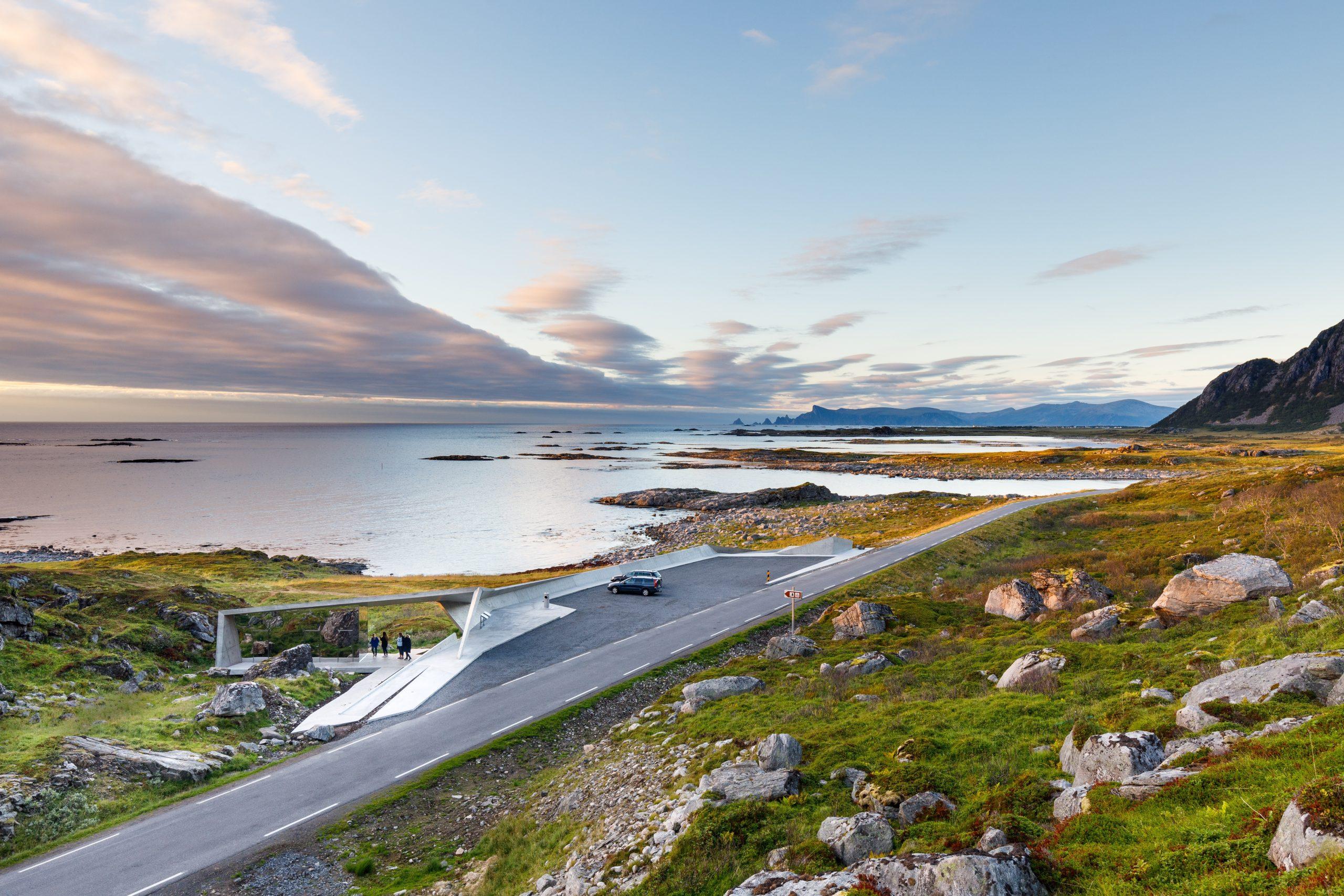 Bukkekjerka raste- og utsiktsplass langs Nasjonal turistveg
